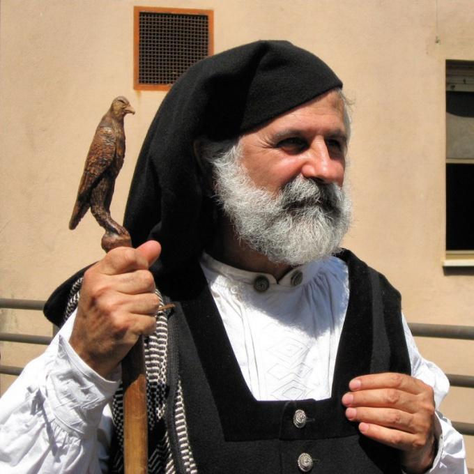 Как посмотреть Сардинскую кавалькаду