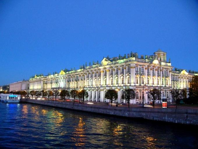 Где познакомиться в Санкт-Петербурге