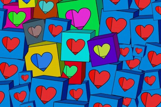 Что подарить девушке на День всех влюбленных