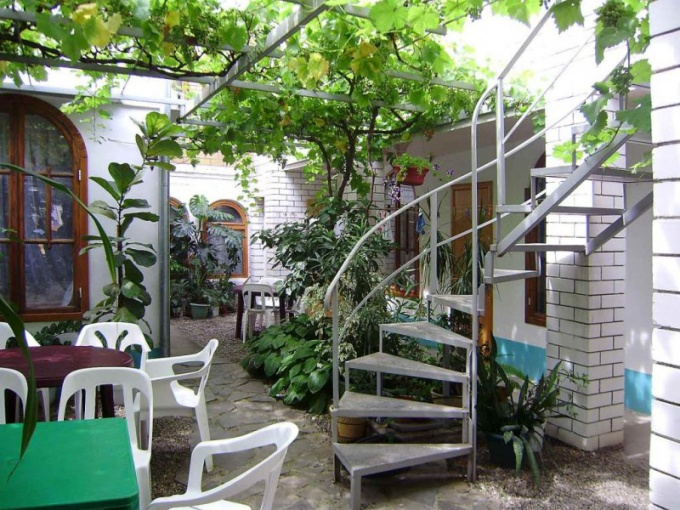 How to rent a house in the private sector in Gelendzhik