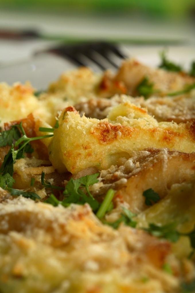 Как запечь картофель с мясом по-французски