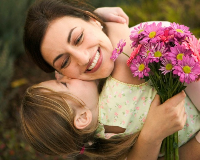 Как сделать подарок маме