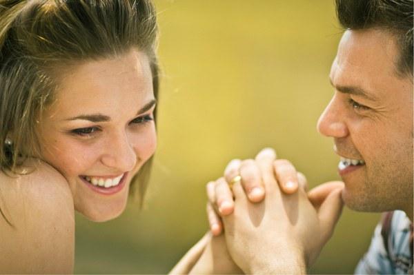 Как определить, что девушка влюбилась