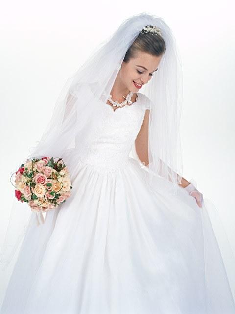 Как носить свадебное платье