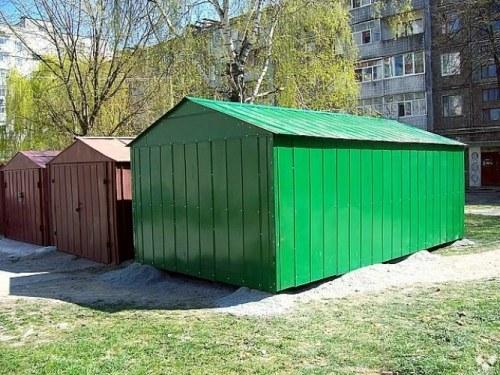 Как оформить металлический гараж