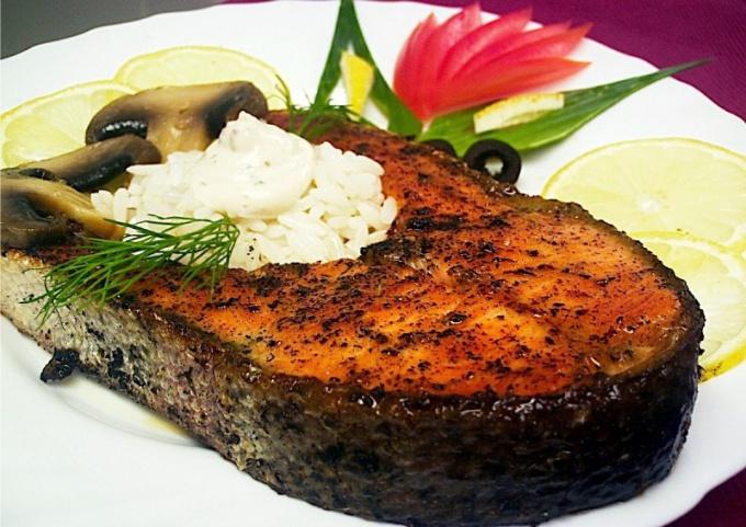Как приготовить рыбные стейки в фольге