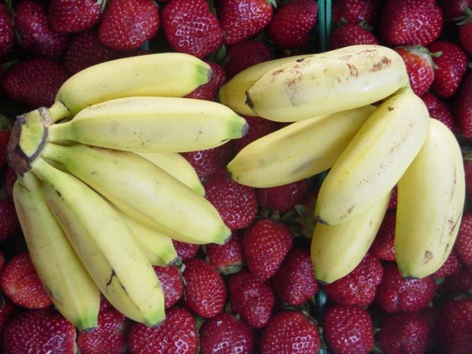 Как сделать бананово-клубничный фреш