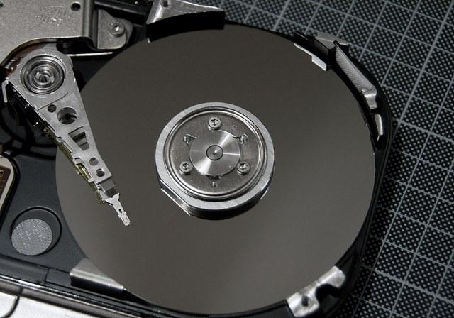 Как ремонтировать жесткие диски для компьютеров
