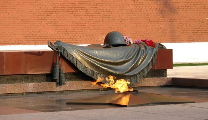 Как найти стихотворения про Великую Отечественную войну