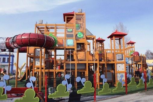 Где откроется парк развлечений Angry Birds