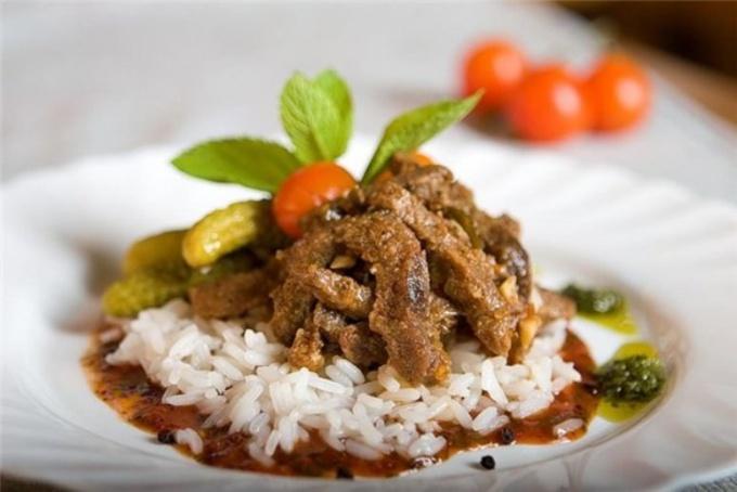 Как приготовить рис с тушеной говядиной