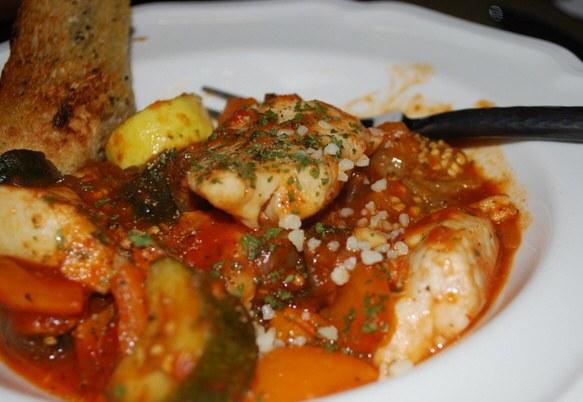 Как приготовить маринованную норвежскую семгу с морковью, луком и специями
