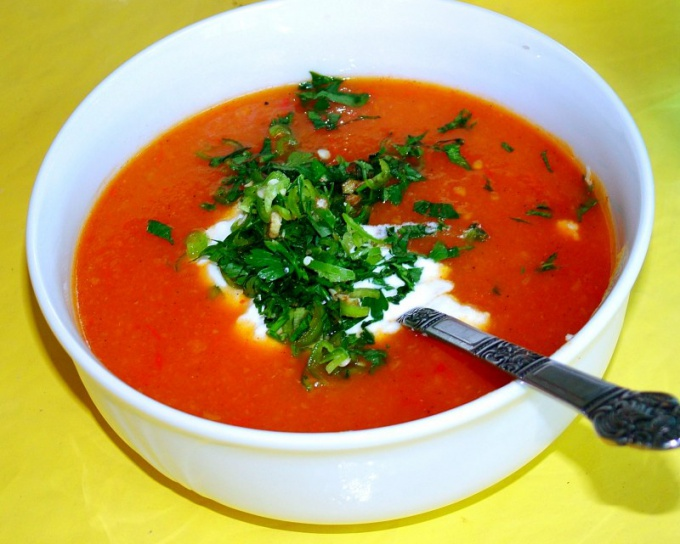 Как приготовить томатный суп с базиликом