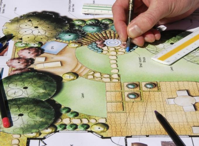 Как выбрать дизайнера для создания ландшафта на участке