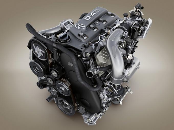 Как установить двигатель на Тойоту