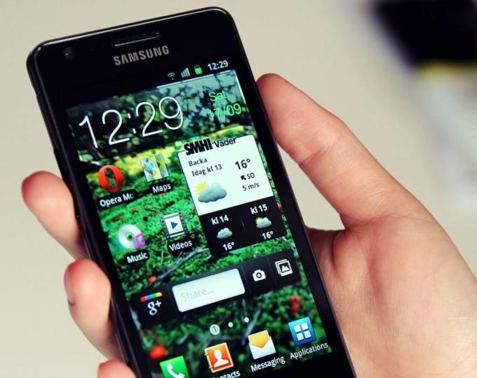 Чем смартфон Galaxy S III лучше своих предшественников