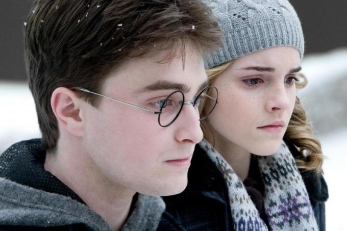 """Где можно смотреть фильм """"Гарри Поттер"""" онлайн"""