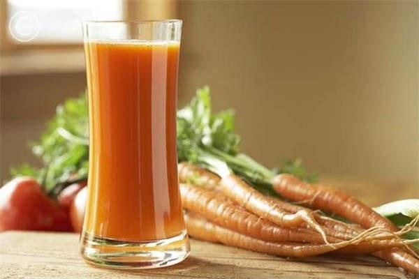 Как сделать морковный коктейль