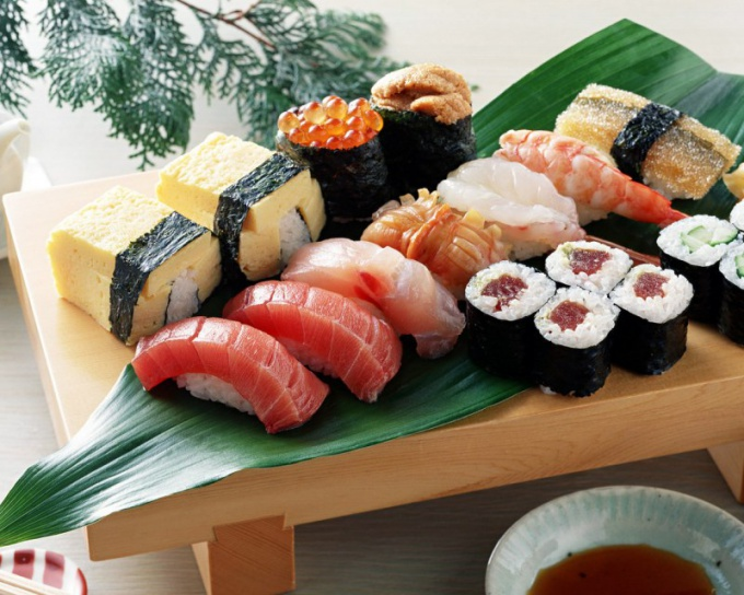 Как приготовить роллы и суши дома