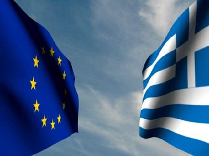 Кто помогает Греции справиться с кризисом