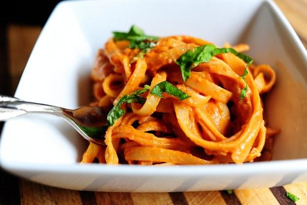 Как приготовить пасту с томатным соусом