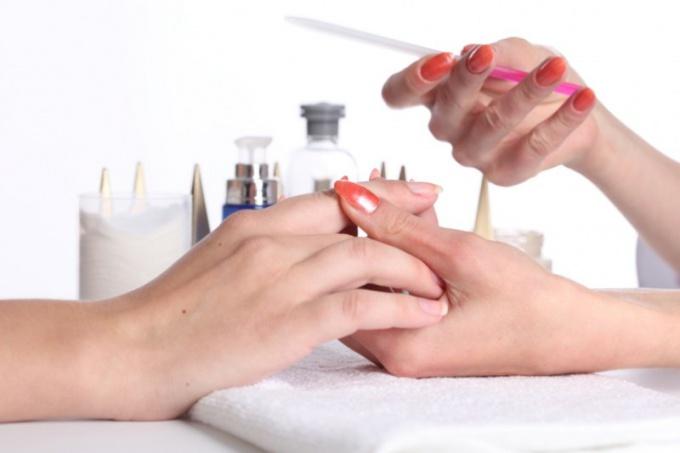 Как подбирать материал для наращивание ногтей