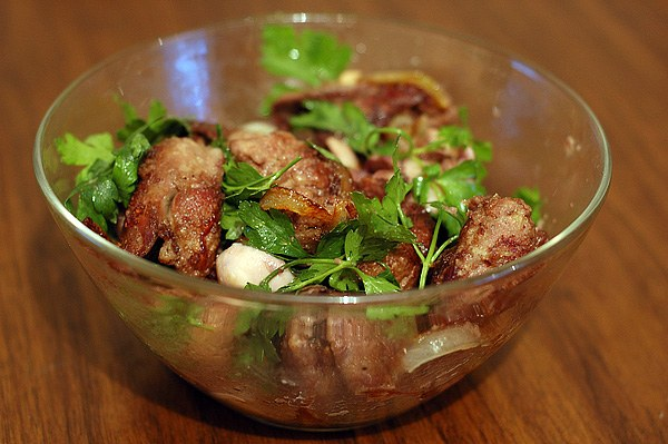 How to cook calf's liver with onions