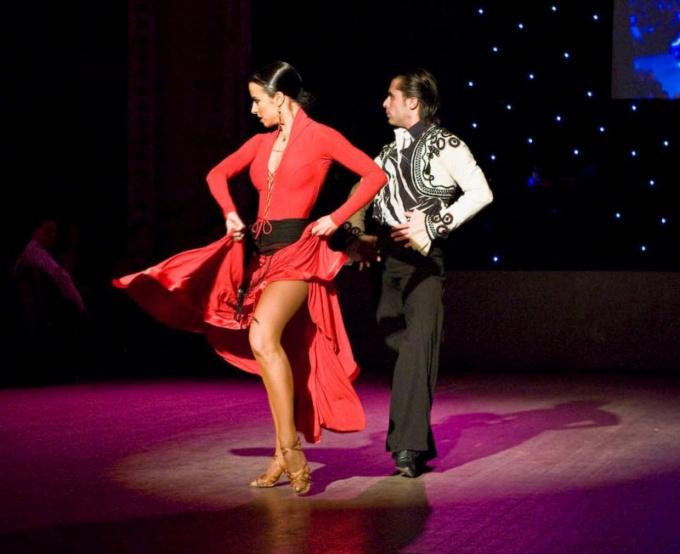 Как попасть на Карнавал латинских ритмов в Лондоне