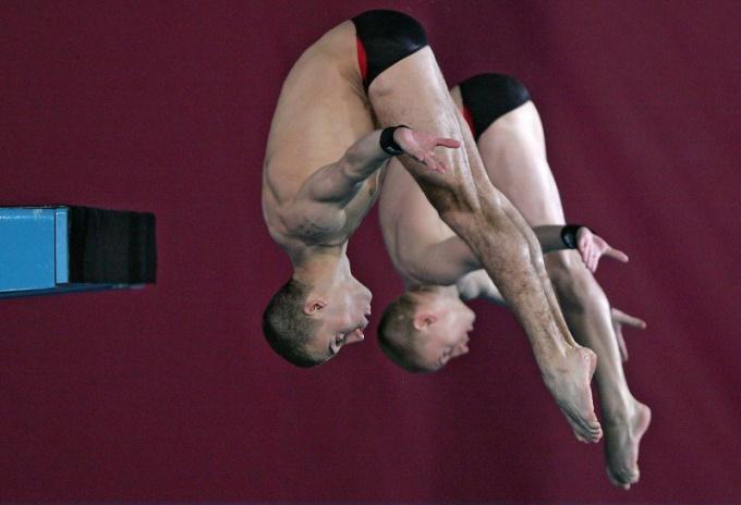 Летние олимпийские виды спорта: прыжки в воду