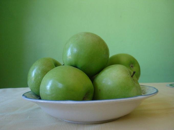 Как приготовить суп из лука и яблок