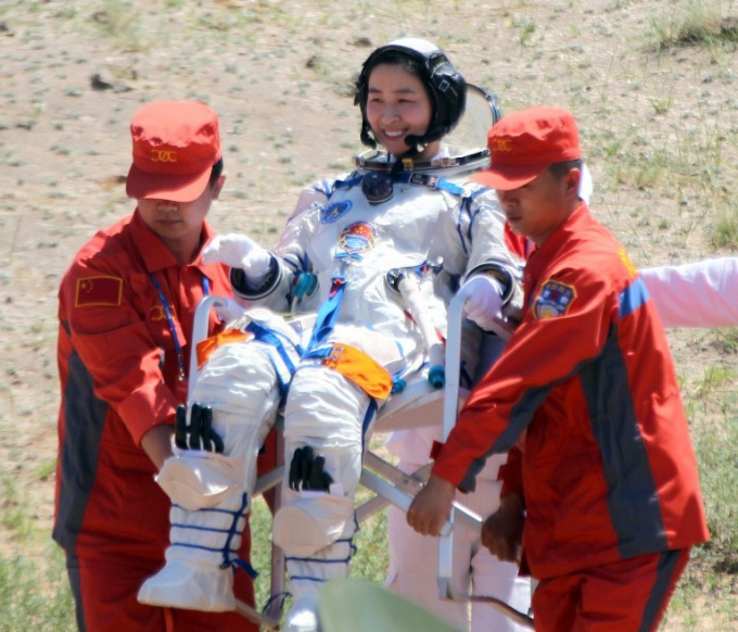 Как прошло покорение космоса китайской женщиной