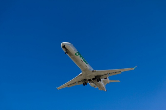 """Как не попасть в """"черный список"""" авиакомпаний"""
