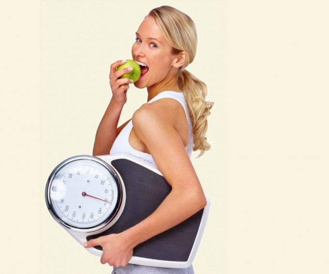 How many calories need to consume per day to lose weight