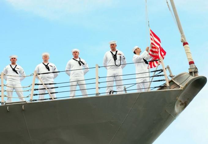 Как проходит День мореплавателя в мире
