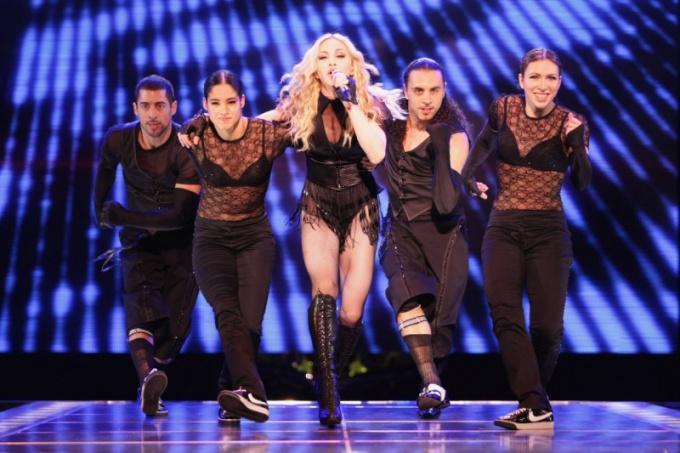 Как прошел шоу-концерт Мадонны в Питере