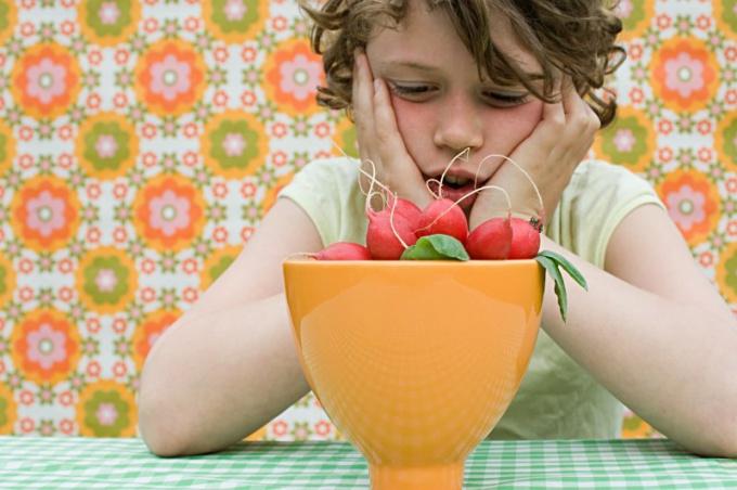 Как и чем кормить ребенка в Великий пост