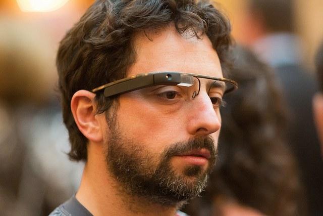 """Как устроены """"умные очки"""""""