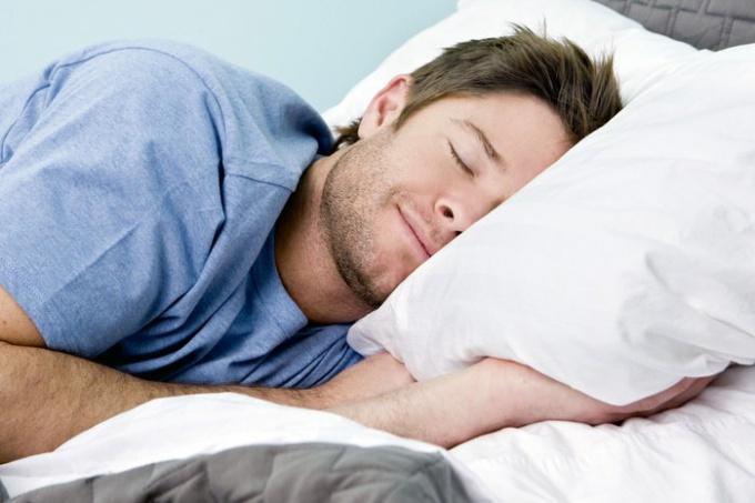 Как пожелать любимому спокойной ночи