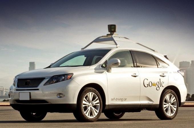 Как проходят испытания беспилотных авто Google