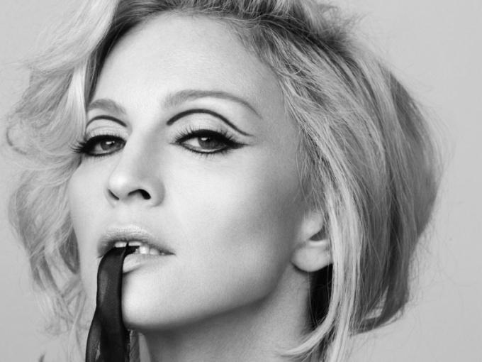 За что судят Мадонну