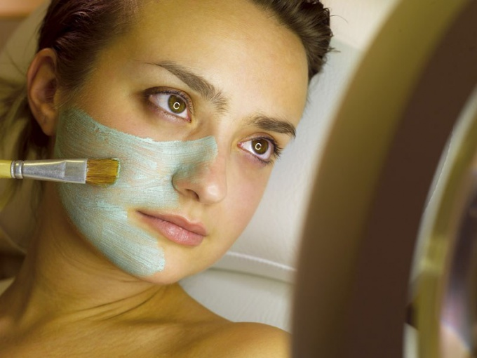 How to provide care for sensitive skin
