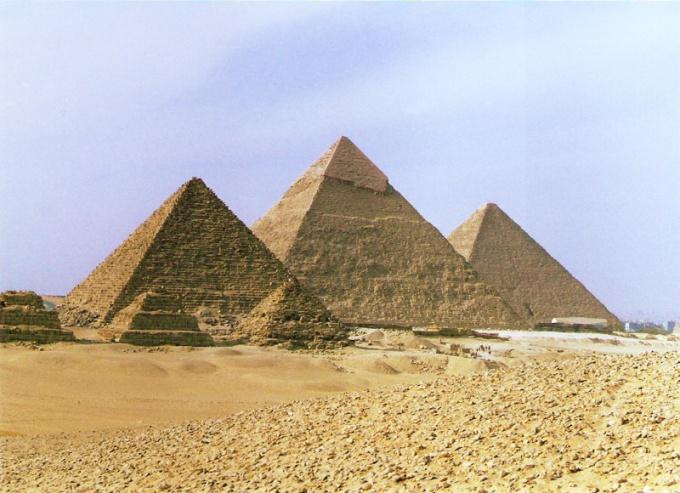 Как обнаружили новые пирамиды в Египте