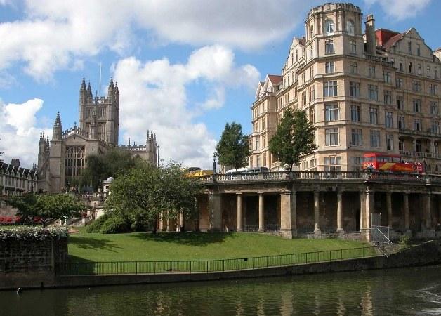 Почему в Бристоле хотят ввести свою валюту