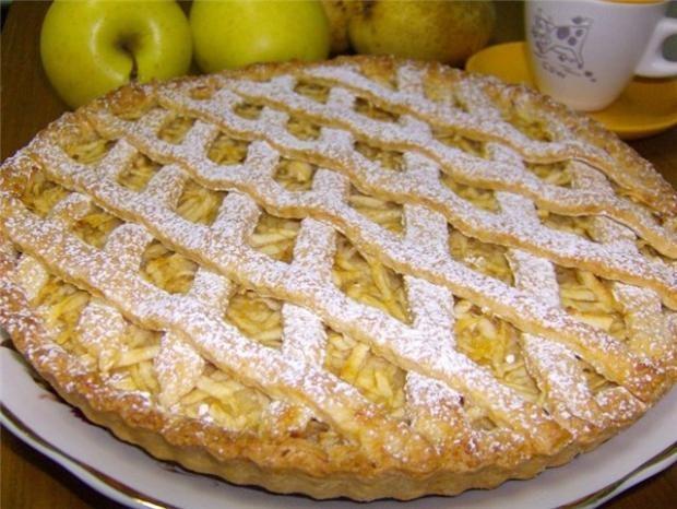 Как приготовить скорый пирог с яблоками