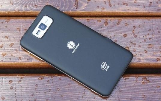 Что может смартфон Мегафона на базе Intel Atom