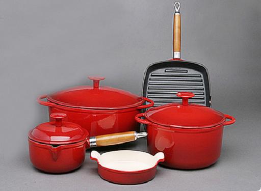 Как ухаживать за чугунной посудой с покрытием