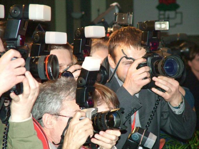 Как поступить в институт на журналистику