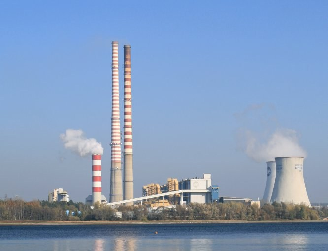 Какие области промышленности считаются главными в российской экономике