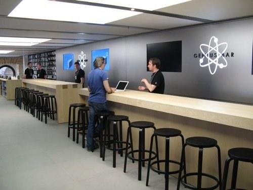 Почему Apple удаляет свою рекламу с Genius Bar
