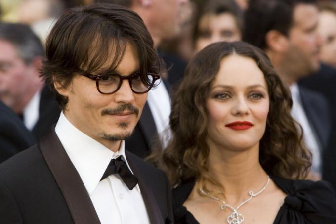 Почему расстались Джонни Депп и Ванесса Паради